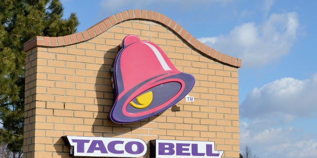 Taura Helsel ordered a chalupa meal from a Taco Bell in Pensacola and says she found a cigarette in her soft taco.